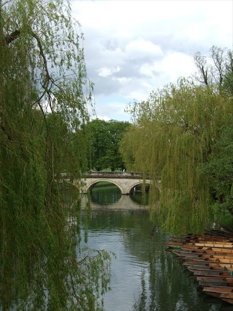 イギリス・ケンブリッジのパントとケム川