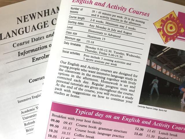 ケンブリッジの語学学校パンフレット(夏休み)