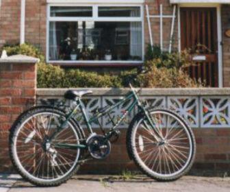 イギリスケンブリッジで購入したマウンテンバイク